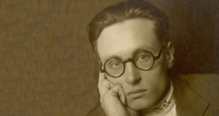 Ob 100 letnici rojstva akademika Bratka Krefta so SAZU, Slovenski gledališki muzej in Filozofska fakulteta organizirali simpozij in razstavo.
