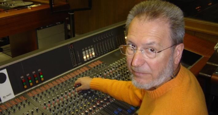 Režiser Aleš Jan bo predstavil izzive in izkušnje radijskega uprizarjanja starih slovenskih besedil. Njegov opus obsega več kot 600 radijskih iger.