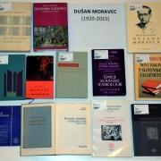Opozoriti želimo na bogato ustvarjalno dediščino našega gledališkega zgodovinarja in dolgoletnega direktorja Slovenskega gledališkega muzeja Dušana Moravca.