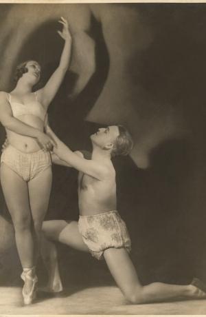 Gizela Bravničar in Peter Golovin, nedatirana fotografija, dar Henrika Neubauerja. Vir: Ikonoteka SLOGI – Gledališki muzej.